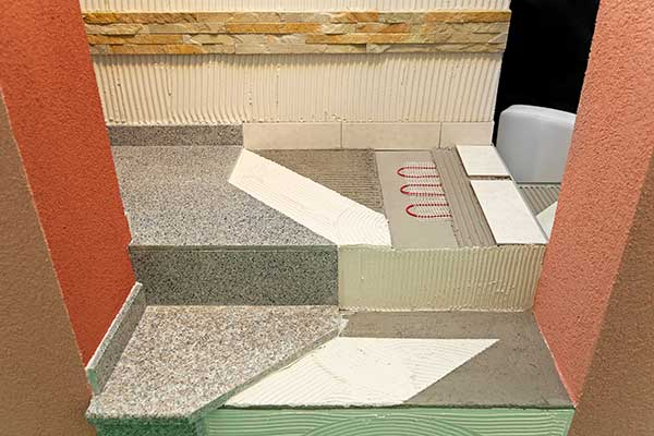 Elektrické podlahové kúrenie prináša maximálny tepelný komfort. Cena elektrického podlahového kúrenia je od teplovodného nižšia, no prevádzkové náklady sú naopak vyššie