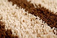 Koberec síce nie je ideálnou podlahou na podlahové kúrenie, no nevylučuje sa. Pri dodržaní podmienok si  môžete dopriať aj koberce na podlahovom kúrení.